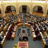 A gyermekvédelmi törvény módosításával rugalmasabbá válik a nevelőszülői jogviszony