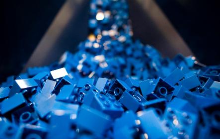 A dán Lego további 250 munkahelyet létesít nyíregyházi gyárában