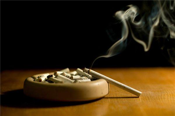 cigaretta_dohany_dohanyzas