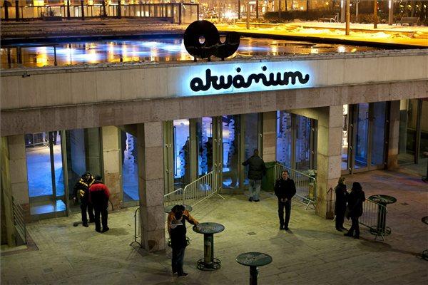 Akvarium_klub_Deak_ter_Budapest01