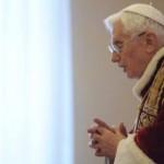 XVI. Benedek pápa bejelenti, hogy hó végén lemond tisztségérõl