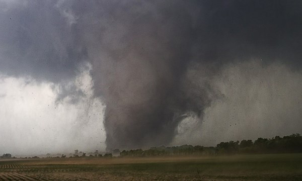 tornado_oklahoma_00_2013