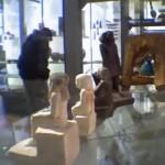 okori_egyiptomi_szobor_elfordul_muzeum