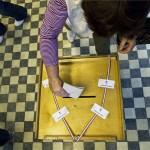 valasztas_magyar_szavazas_szavazourna2013