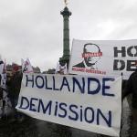 hollande_elleni_tuntet2_parizs_2014jan