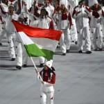szocsi_2014_olimpia_magyar_csapat_zaszlo_heidum_b_megnyito01