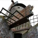 A karcagi szélmalom, amelynek három lapátját letörte a viharos szél 2014. március 15-én. Az 1859-ben emelt, holland típusú építmény ipartörténeti műemlék.
