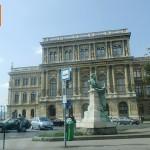 Budapest_mta_magyar_tudomanyos_akademia_2014jul