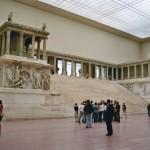 pergamon_oltar_berlin_muzeum