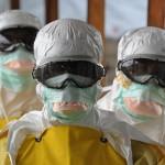 ebola_olaszo_vedoruha_2014nov