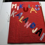 hull_a_pelyhes_mikulas_kalandjai