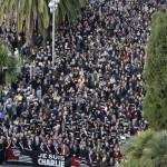 tizezrek_franciaorsz_terrorizmus_elen2015jan
