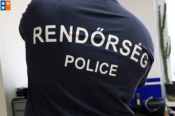 toth_arnold6 rendorseg budaors police