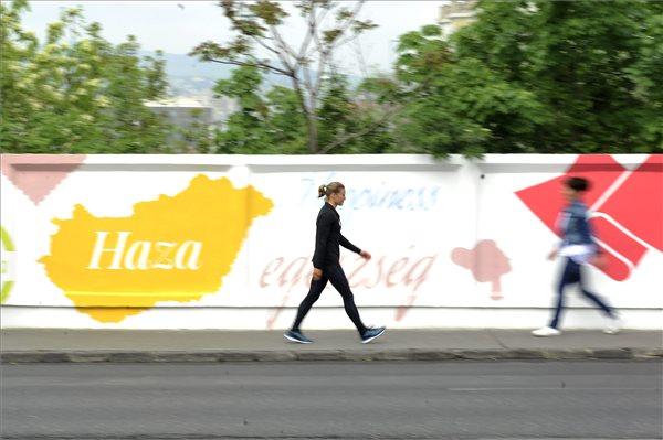 pozitiv_szavak_budapest_pozitiv_fal_2015apr28