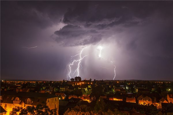 villamlas_idojaras_vihar_zivatar_2015nagykanizsa