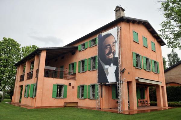 pavarotti_haza_muzeum