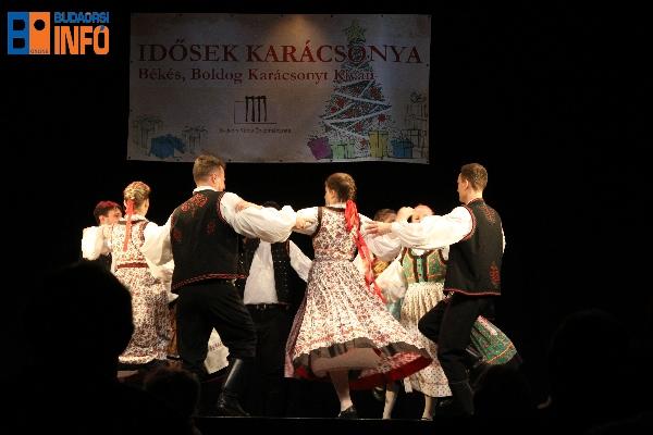16_idosek_karacsonya-6
