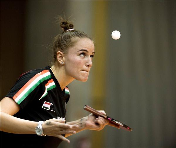 Pergel Szandra játszik a svéd Linda Bergström ellen