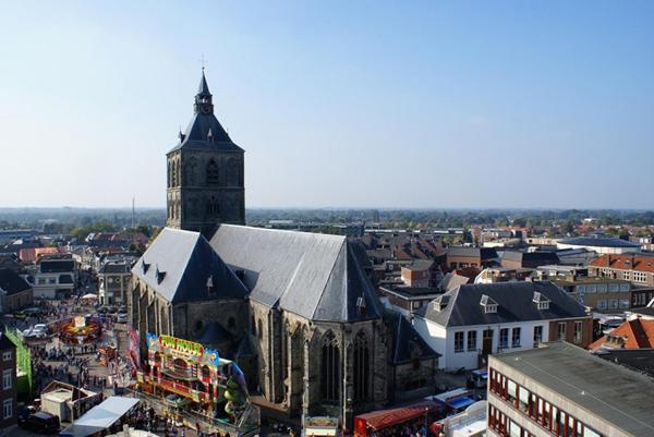oldenzaal_Szent_Plechelmus_bazilika