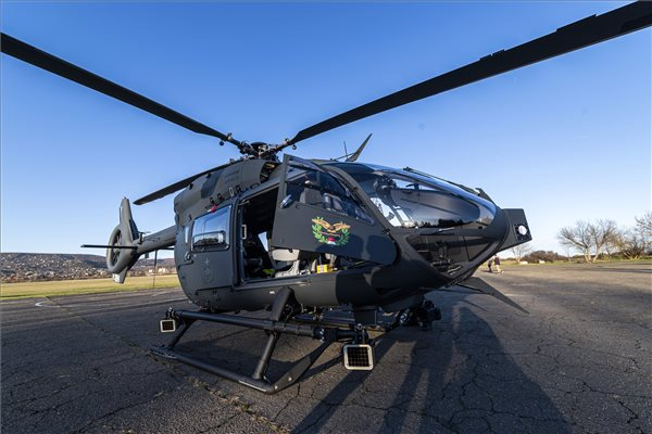 magyar_honvedseg_uj_helikopterek_budaors_2019nov_Airbus