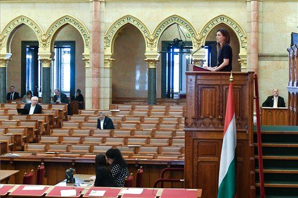 varga_judit_igazsagugyi_miniszter_2020marc