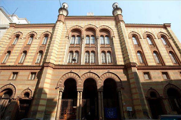 zsinagoga_Budapest_Rumbach_S