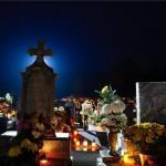 gyertyagyujtas_kegyelet_halottak_napja_temeto_1