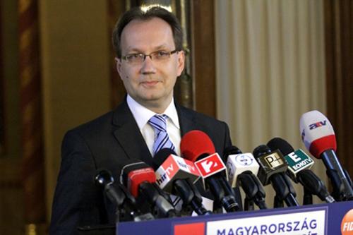 Hoppal_Peter_fidesz