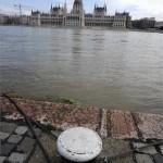 arviz_duna_budapest_parlament_2013