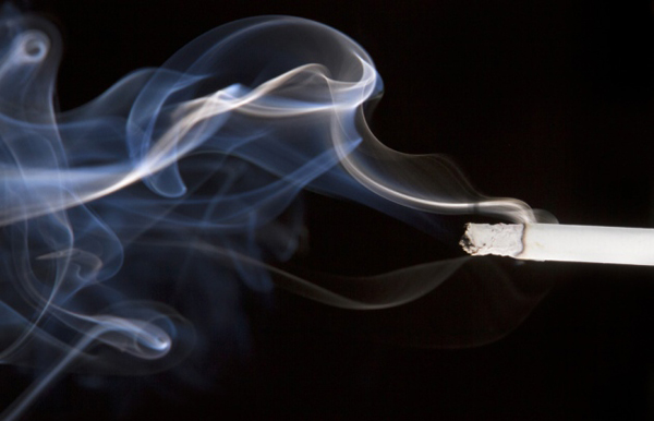 nikotin_cigaretta_fust_dohanyzas