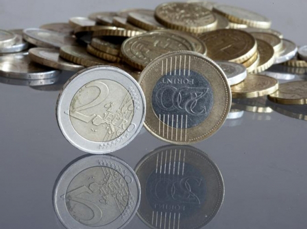 forint_penz_gazdasag_euro_hitel