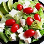 salata_vegetarianus_etel_etrend_paradicsom_sajt
