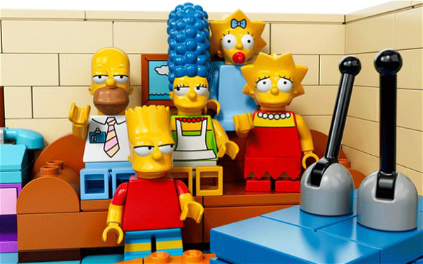 simpson_csalad_lego_formaban