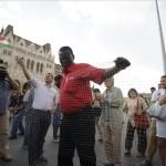 menekultek_demonstr_hatarzar ellen_parlament_2015jul15